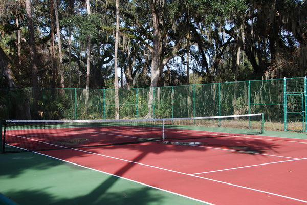 Tennis court Plantation Oaks PVB