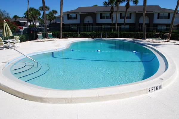 Pool Fountains Ponte Vedra