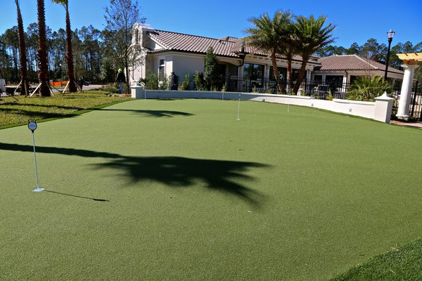 Putting green Artisan Lakes Nocatee